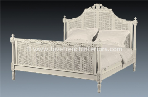 Isabelle Rattan Bed in Antique White